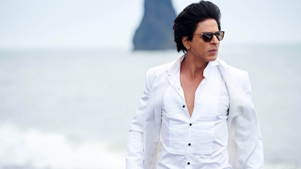 Shahrukh Khan Photo(images), Wife, Age, Son, Net Worth, Height, Daughter, Birth Date, Family, Biography, Children, Hairstyle, Education, Awards, Details, Instagram, Wiki. Twitter, Facebook, Im ( (64)