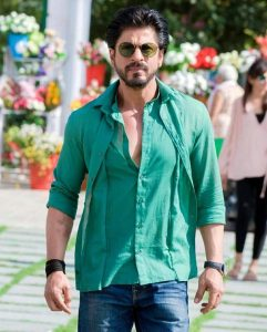 Shahrukh Khan Photo(images), Wife, Age, Son, Net Worth, Height, Daughter, Birth Date, Family, Biography, Children, Hairstyle, Education, Awards, Details, Instagram, Wiki. Twitter, Facebook, Im ( (67)