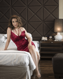 Tisca Chopra Husband, Daughter, Family, Age, Height, Biography, Date Of Birth, Marriage, Net Worth, Instagram, Twitter, Facebook, Image(photos), Wiki, Imdb (1)