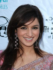 Tisca Chopra Husband, Daughter, Family, Age, Height, Biography, Date Of Birth, Marriage, Net Worth, Instagram, Twitter, Facebook, Image(photos), Wiki, Imdb (12)