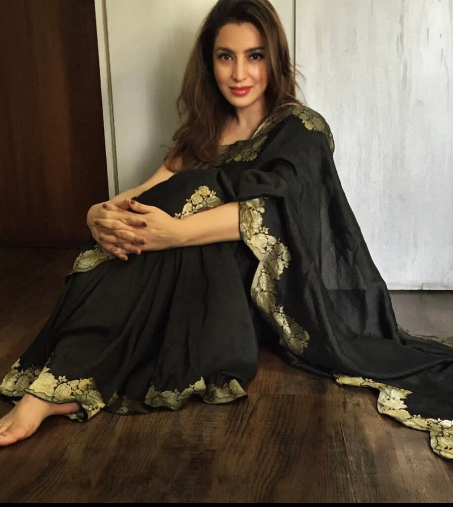 Tisca Chopra Husband, Daughter, Family, Age, Height, Biography, Date Of Birth, Marriage, Net Worth, Instagram, Twitter, Facebook, Image(photos), Wiki, Imdb (16)