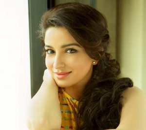 Tisca Chopra Husband, Daughter, Family, Age, Height, Biography, Date Of Birth, Marriage, Net Worth, Instagram, Twitter, Facebook, Image(photos), Wiki, Imdb (39)