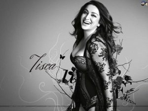 Tisca Chopra Husband, Daughter, Family, Age, Height, Biography, Date Of Birth, Marriage, Net Worth, Instagram, Twitter, Facebook, Image(photos), Wiki, Imdb (41)