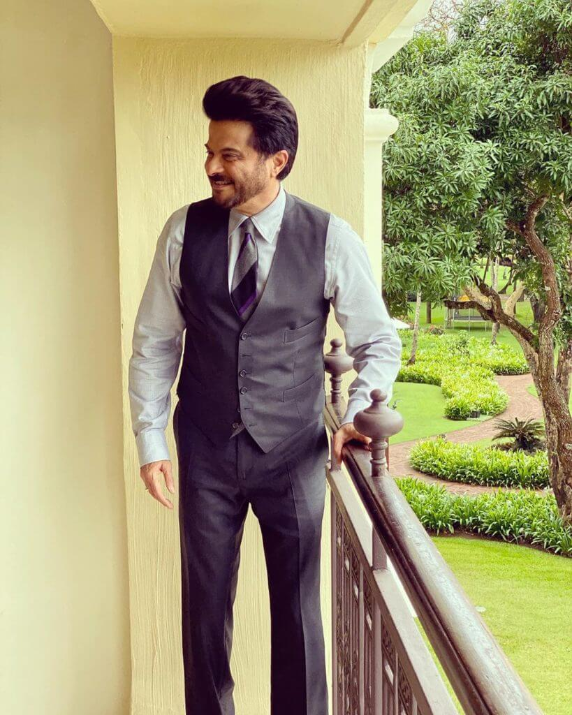 Anil Kapoor Wife, Son, Age, Family, Daughter, Date Of Birth, Net Worth, Children, Biography, Photo, Height, Marriage, Education, Awards, Instagram, Twitter, Wiki, Imdb, Facebook, Website (32)
