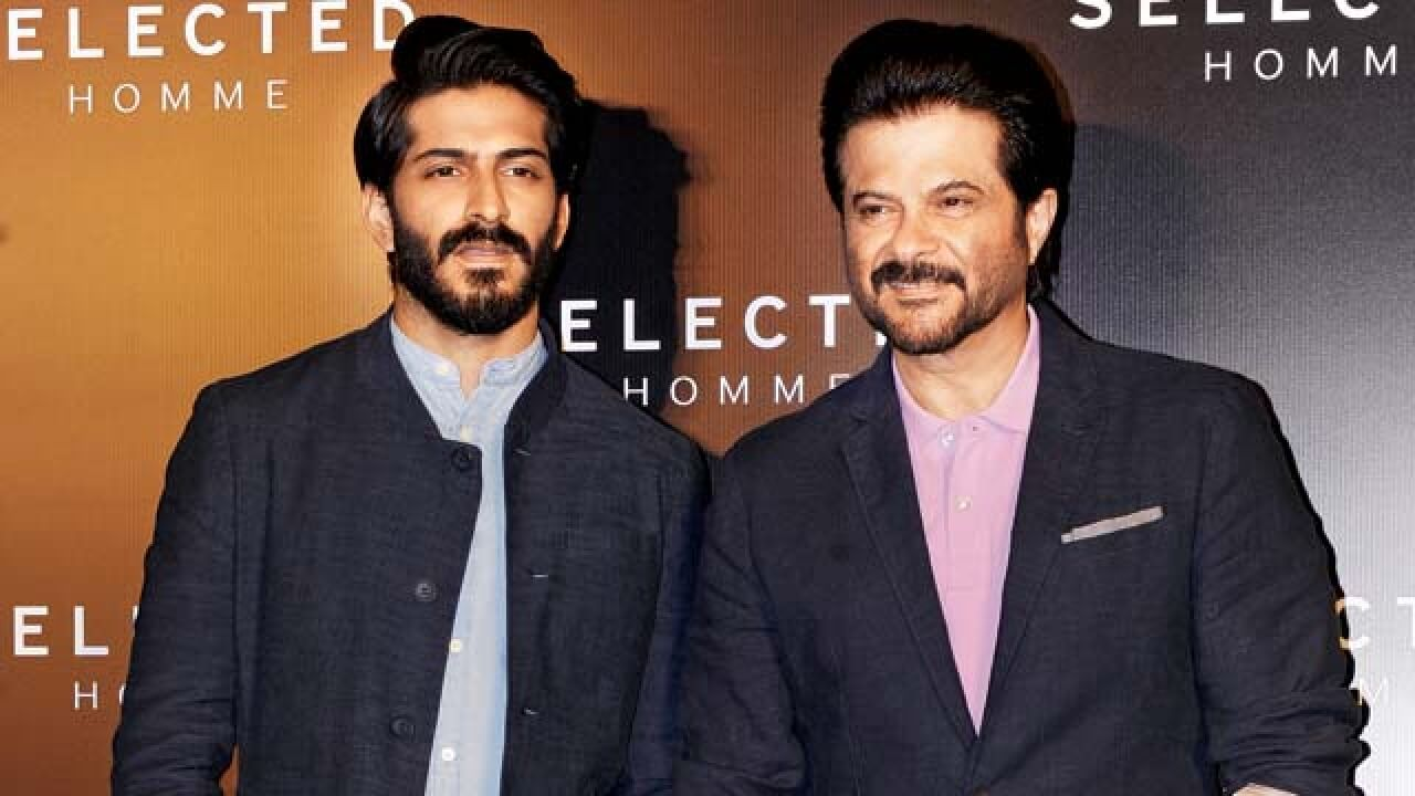 Anil Kapoor Wife, Son, Age, Family, Daughter, Date Of Birth, Net Worth, Children, Biography, Photo, Height, Marriage, Education, Awards, Instagram, Twitter, Wiki, Imdb, Facebook, Website (8)