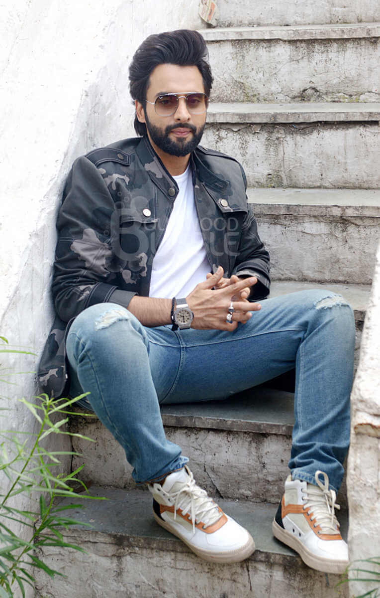 Jackky Bhagnani Age, Movie, Wife, Height, Father, Biography, Birthday, Net Worth, Education, Image(photos), Hairstyle, Details, Instagram, Twitter, Wiki, Facebook, Imdb (6) (1)