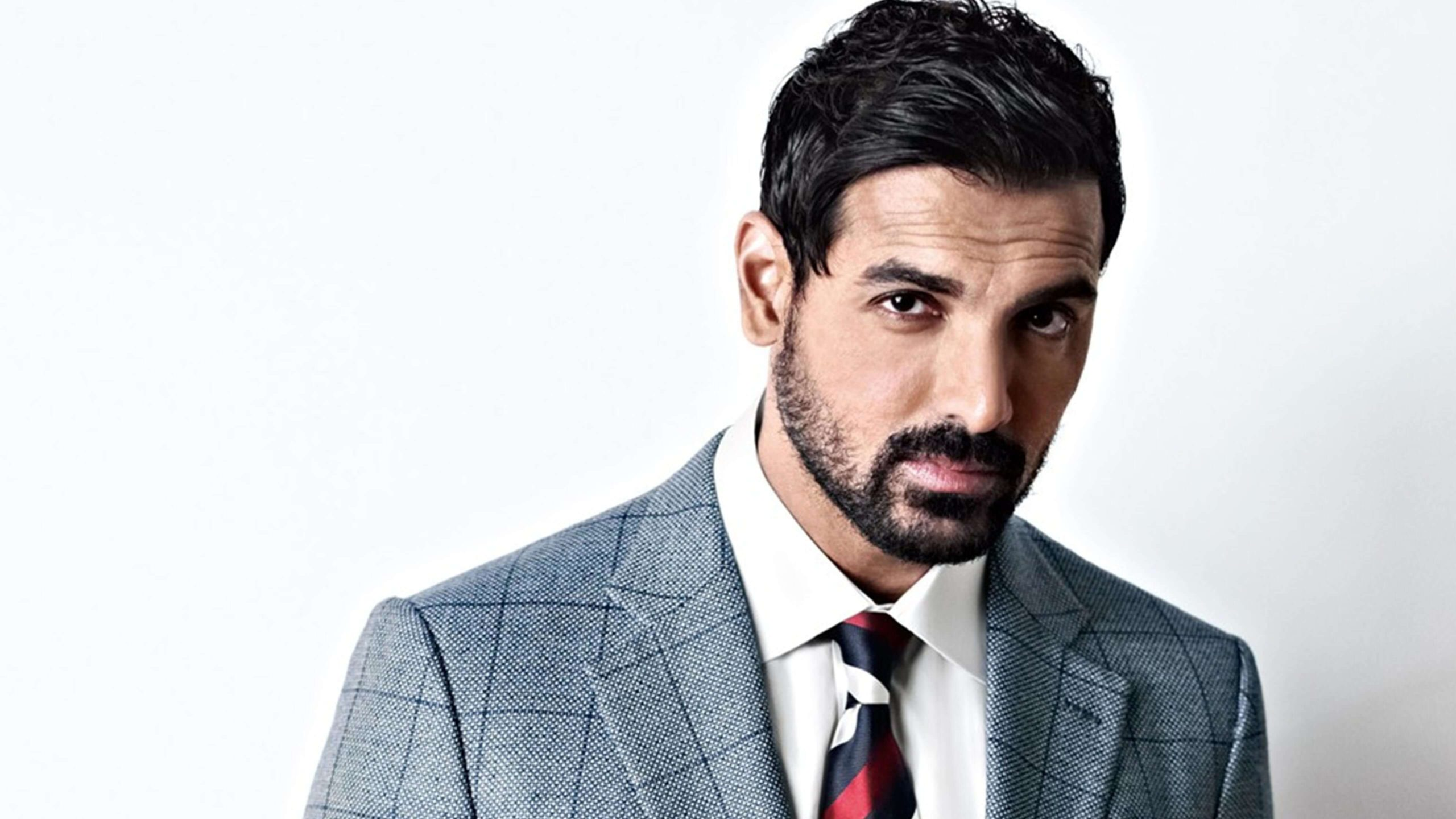 John Abraham wife, height, net worth, age, images(pic), religion, biography, movie, date of birth, family, father, son, education, awards, wiki, twitter, facebook, instagram, imdb, website, youtube