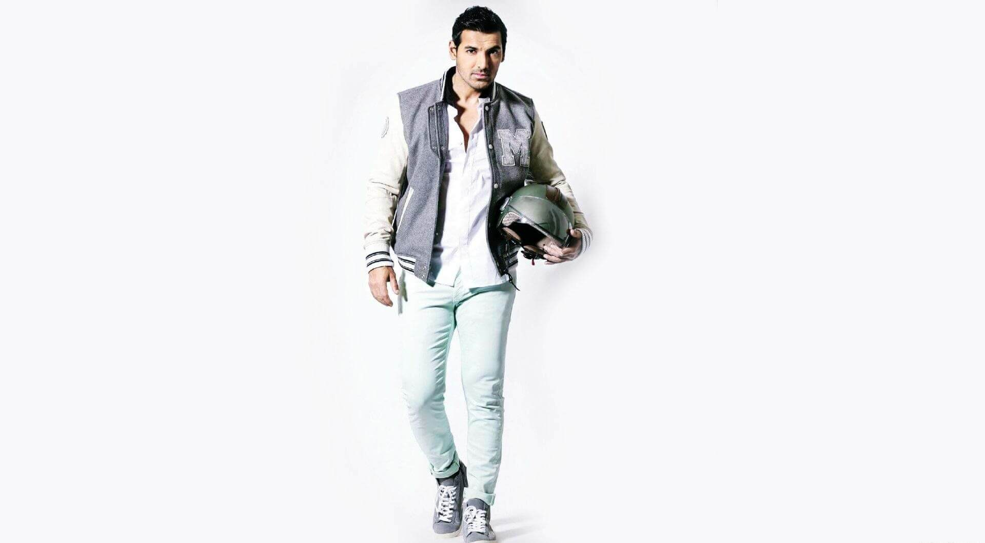 John Abraham Wife, Height, Net Worth, Age, Images(pic), Religion, Biography, Movie, Date Of Birth, Family, Father, Son, Education, Awards, Wiki, Twitter, Facebook, Instagram, Imdb, Website, You ( (31)