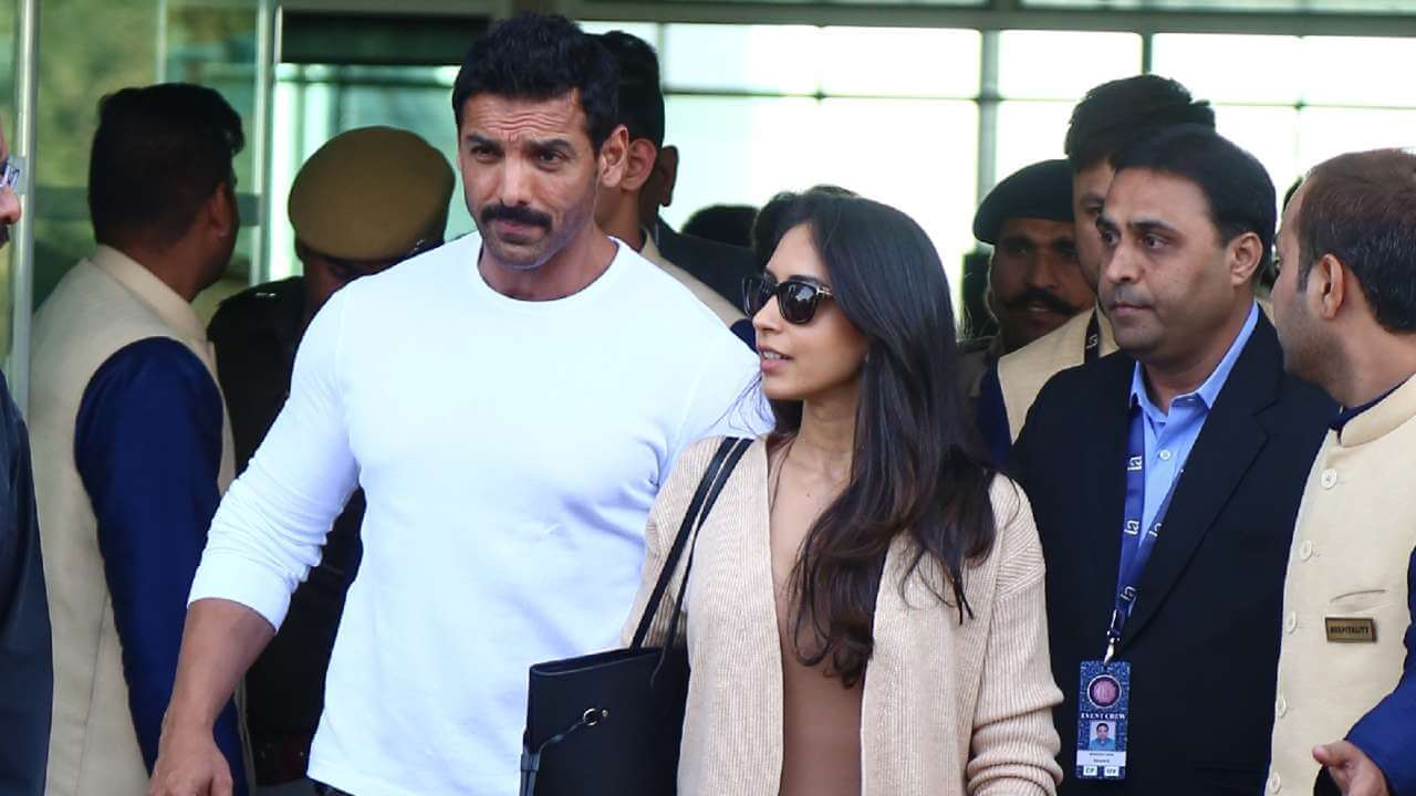 John Abraham Wife, Height, Net Worth, Age, Images(pic), Religion, Biography, Movie, Date Of Birth, Family, Father, Son, Education, Awards, Wiki, Twitter, Facebook, Instagram, Imdb, Website, You ( (42)