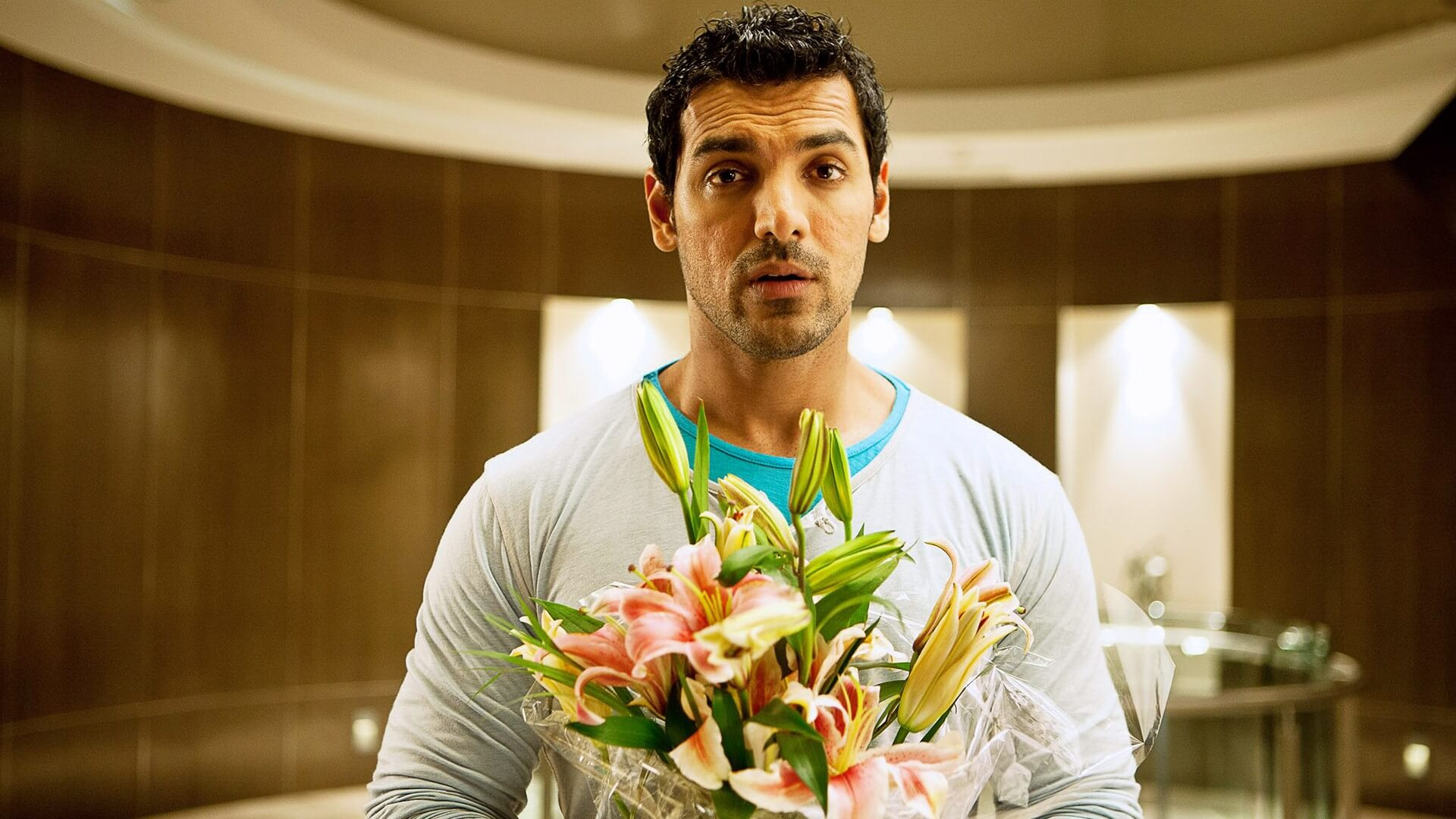 John Abraham Wife, Height, Net Worth, Age, Images(pic), Religion, Biography, Movie, Date Of Birth, Family, Father, Son, Education, Awards, Wiki, Twitter, Facebook, Instagram, Imdb, Website, You ( (56)