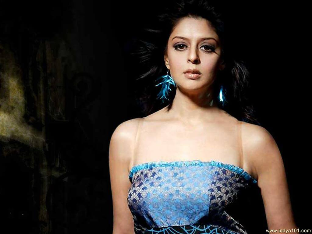 Nagma Age, Husband, Family, Sisters, Biography, Date Of Birth, Height, Politics, Net Worth, Images(photos), Education, Twitter, Wiki, Facebook, Imdb, Instagram (5) (1)