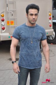 Pulkit Samrat Wife, Movies, Age, Height, Images(photo), Biography, Hairstyle, Girlfriend, Family, Married, Net Worth, Education, Wiki, Twitter, Instagram, Facebook, Imdb (16)