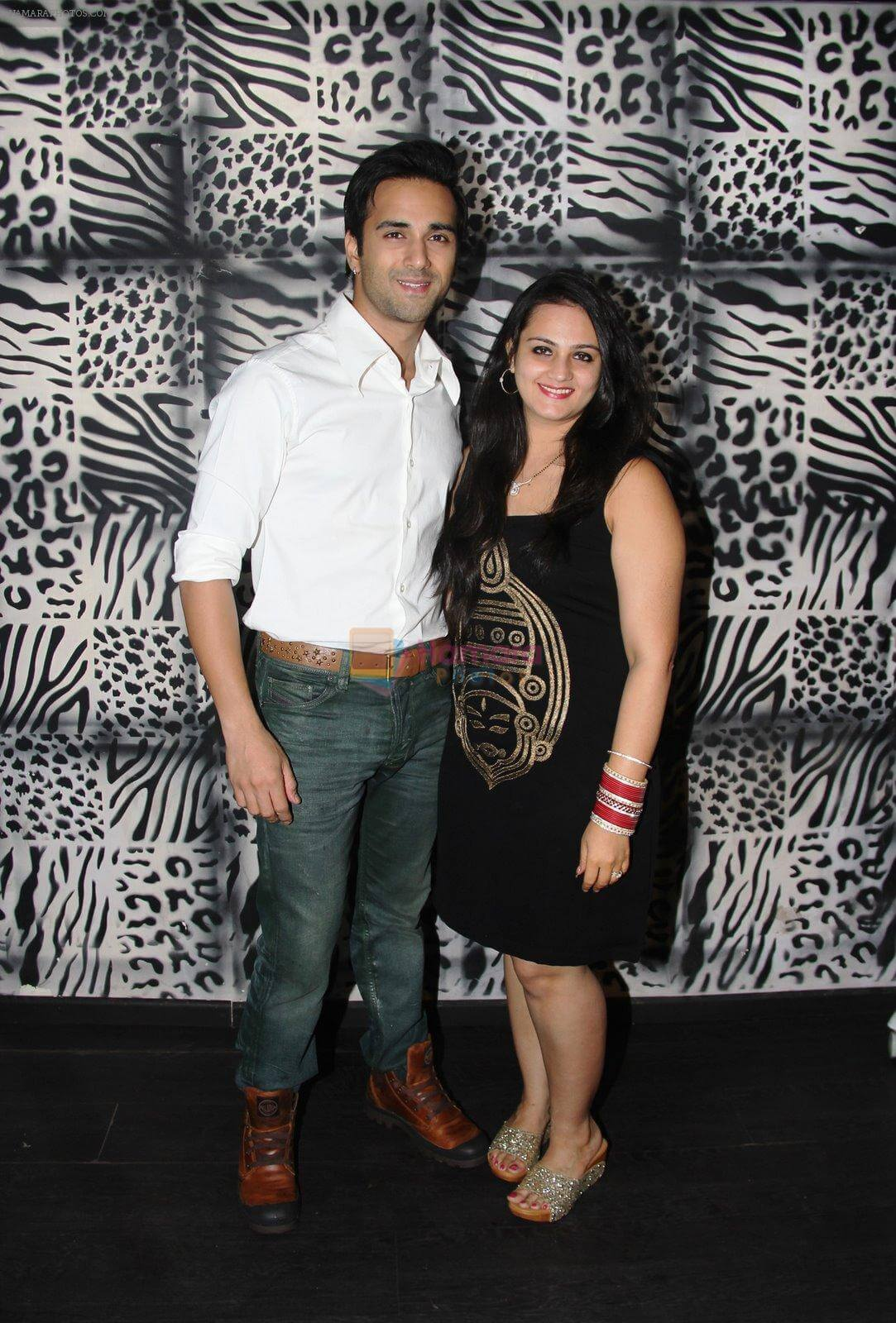 Pulkit Samrat Wife, Movies, Age, Height, Images(photo), Biography, Hairstyle, Girlfriend, Family, Married, Net Worth, Education, Wiki, Twitter, Instagram, Facebook, Imdb (17)
