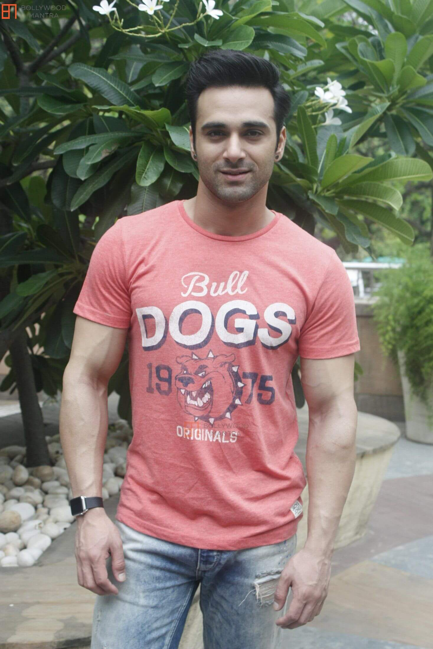 Pulkit Samrat Wife, Movies, Age, Height, Images(photo), Biography, Hairstyle, Girlfriend, Family, Married, Net Worth, Education, Wiki, Twitter, Instagram, Facebook, Imdb (20)