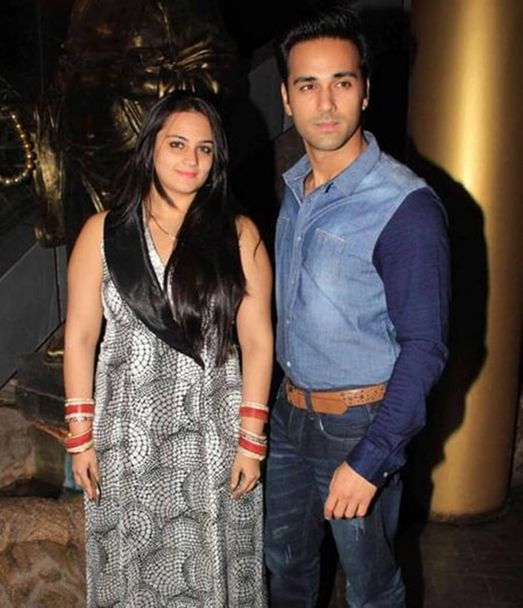 Pulkit Samrat Wife, Movies, Age, Height, Images(photo), Biography, Hairstyle, Girlfriend, Family, Married, Net Worth, Education, Wiki, Twitter, Instagram, Facebook, Imdb (33) class=