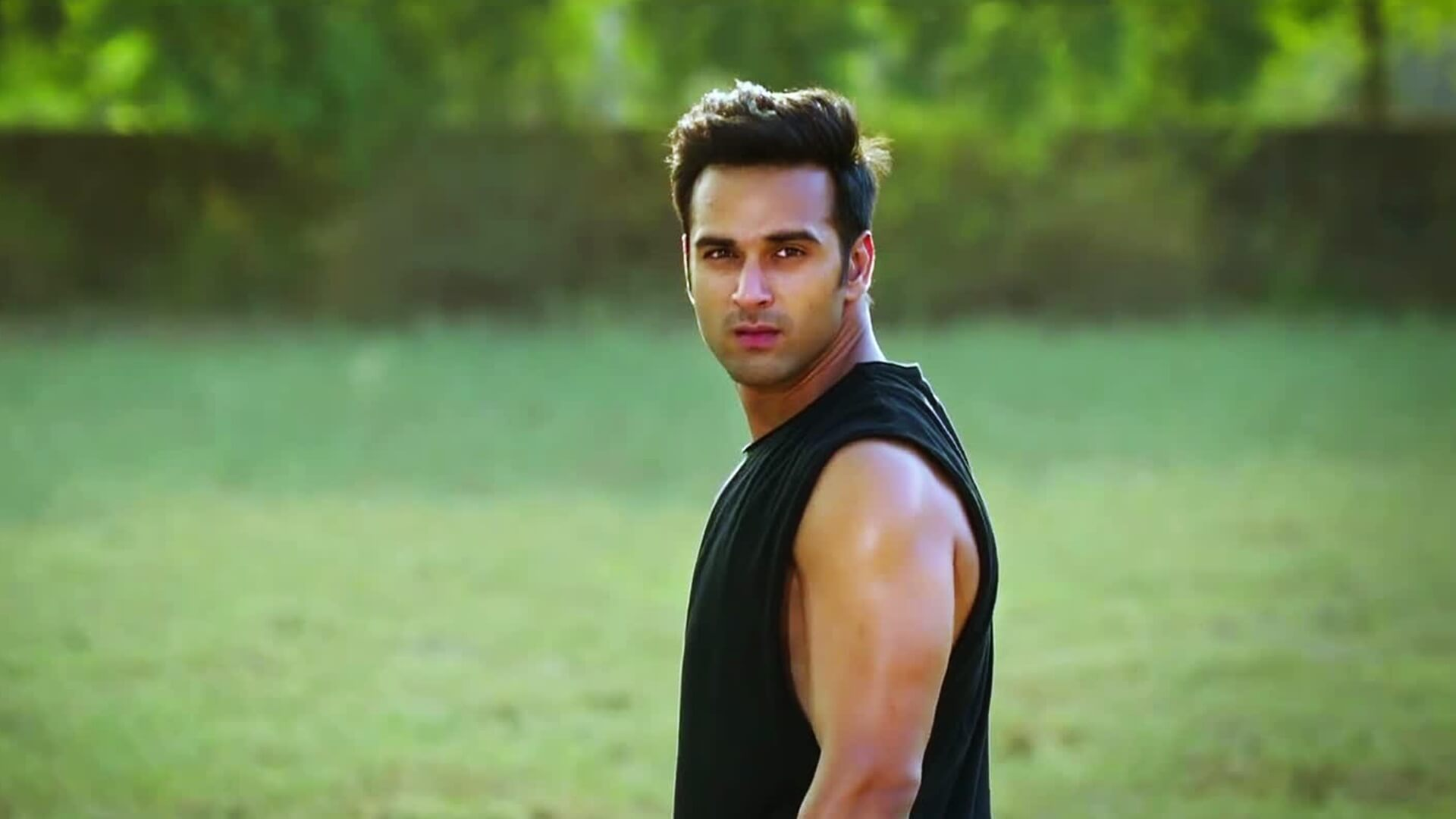 Pulkit Samrat Wife, Movies, Age, Height, Images(photo), Biography, Hairstyle, Girlfriend, Family, Married, Net Worth, Education, Wiki, Twitter, Instagram, Facebook, Imdb (42)