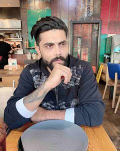 Ravindra Jadeja Wife, Age, Height, Biography, Date Of Birth, Father, Photo(image), Daughter, Beard, Marriage, Net Worth, Information, House, Wiki, Instagram, Twitter, Facebook, Imdb, Award (1 (7)