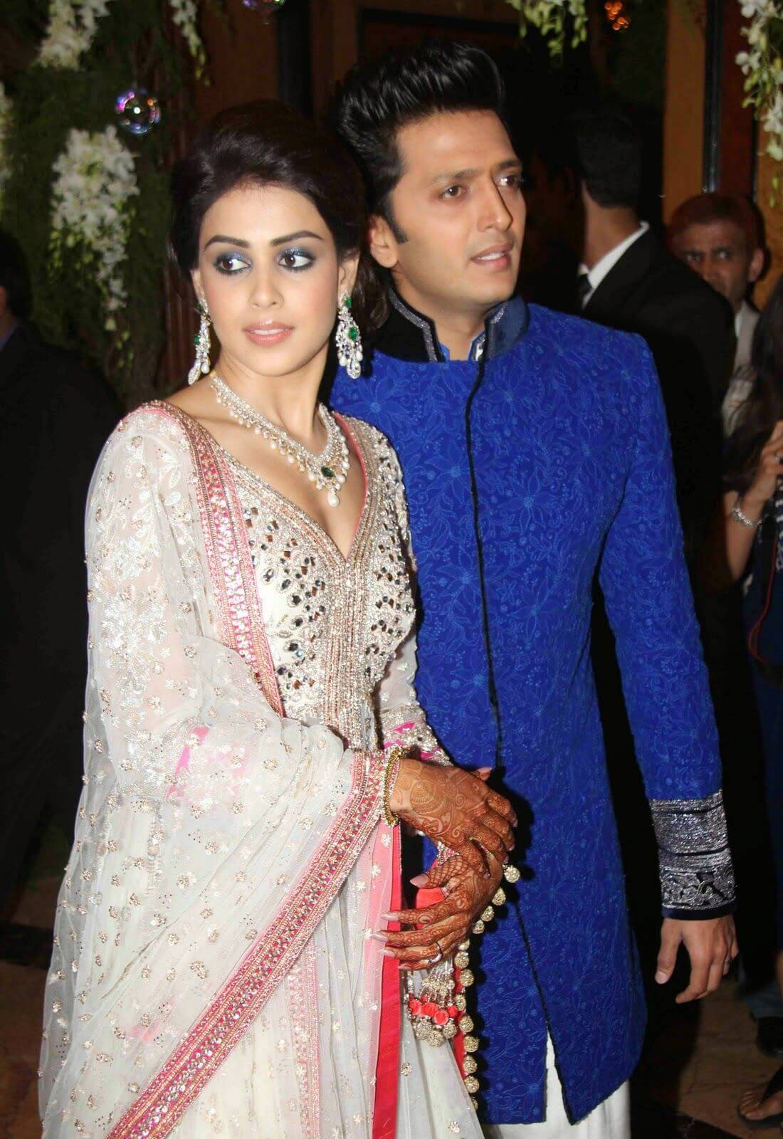 Riteish Deshmukh Wife, Age, Father, Son, Net Worth, Family, Height, Movie, Biography, Brother, House, Images(photos), Marriage, Awards, Education, Instagram, Wiki, Facebook, Twitte, Imdb (12)