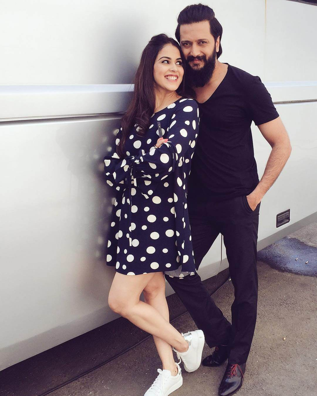 Riteish Deshmukh Wife, Age, Father, Son, Net Worth, Family, Height, Movie, Biography, Brother, House, Images(photos), Marriage, Awards, Education, Instagram, Wiki, Facebook, Twitte, Imdb (15)
