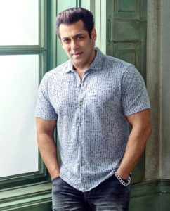 Salman Khan Photo, Age, News, Birthday, Height, Sister, Biography, Girlfriend, Awards, Address, Song, Video, Net Worth, Education, Twitter, Instagram, Facebook, Wiki, Imdb, Website, Youtube (38)