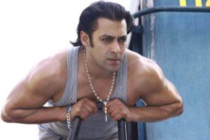 Salman Khan Photo, Age, News, Birthday, Height, Sister, Biography, Girlfriend, Awards, Address, Song, Video, Net Worth, Education, Twitter, Instagram, Facebook, Wiki, Imdb, Website, Youtube (44)