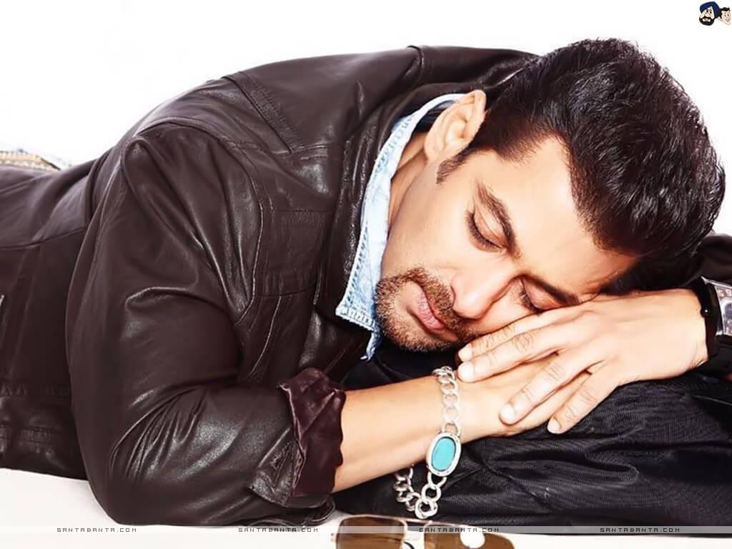 Salman Khan Photo, Age, News, Birthday, Height, Sister, Biography, Girlfriend, Awards, Address, Song, Video, Net Worth, Education, Twitter, Instagram, Facebook, Wiki, Imdb, Website, Youtube (67)