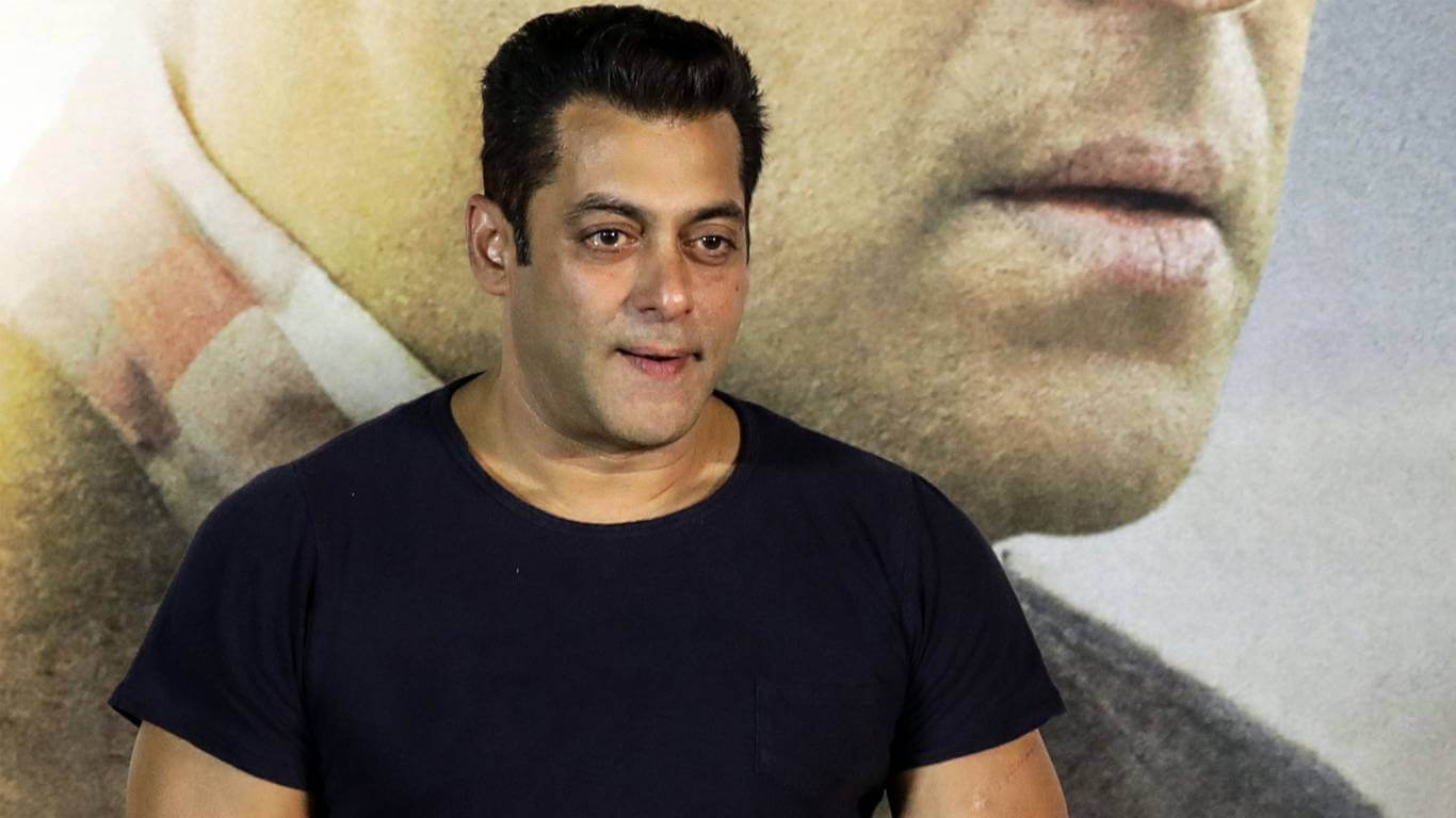 Salman Khan Photo, Age, News, Birthday, Height, Sister, Biography, Girlfriend, Awards, Address, Song, Video, Net Worth, Education, Twitter, Instagram, Facebook, Wiki, Imdb, Website, Youtube (89)