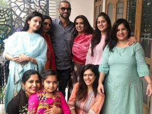 Shikhar Dhawan Wife, Injury, Photo(images), Family, Height, Biography, Date Of Birth, Children, Marriage, Information, Biodata, Details, Awards, Net Worth, Instagram, Wiki, Facebook, Twitter, ( (57)