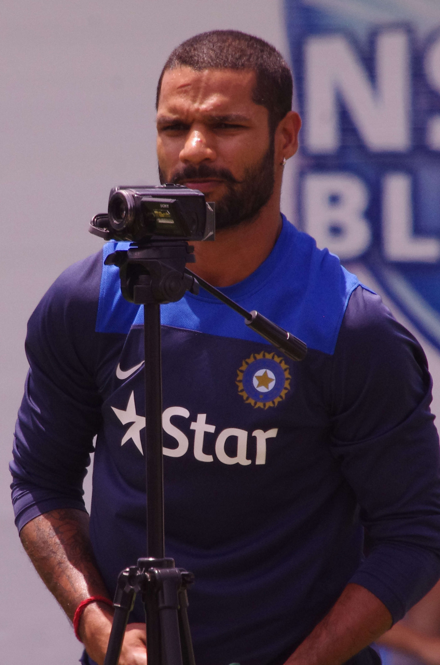 Shikhar Dhawan Wife, Injury, Photo(images), Family, Height, Biography, Date Of Birth, Children, Marriage, Information, Biodata, Details, Awards, Net Worth, Instagram, Wiki, Facebook, Twitter, ( (72)
