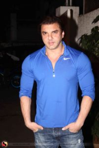 Sohail Khan Wife, Age, Son, Movie, Date Of Birth, Height, Biography, Family, Net Worth, Photos(image), Daughter, Brother, Marriage, Education, Twitter, Instagram, Wiki, Imdb, Facebook (28)