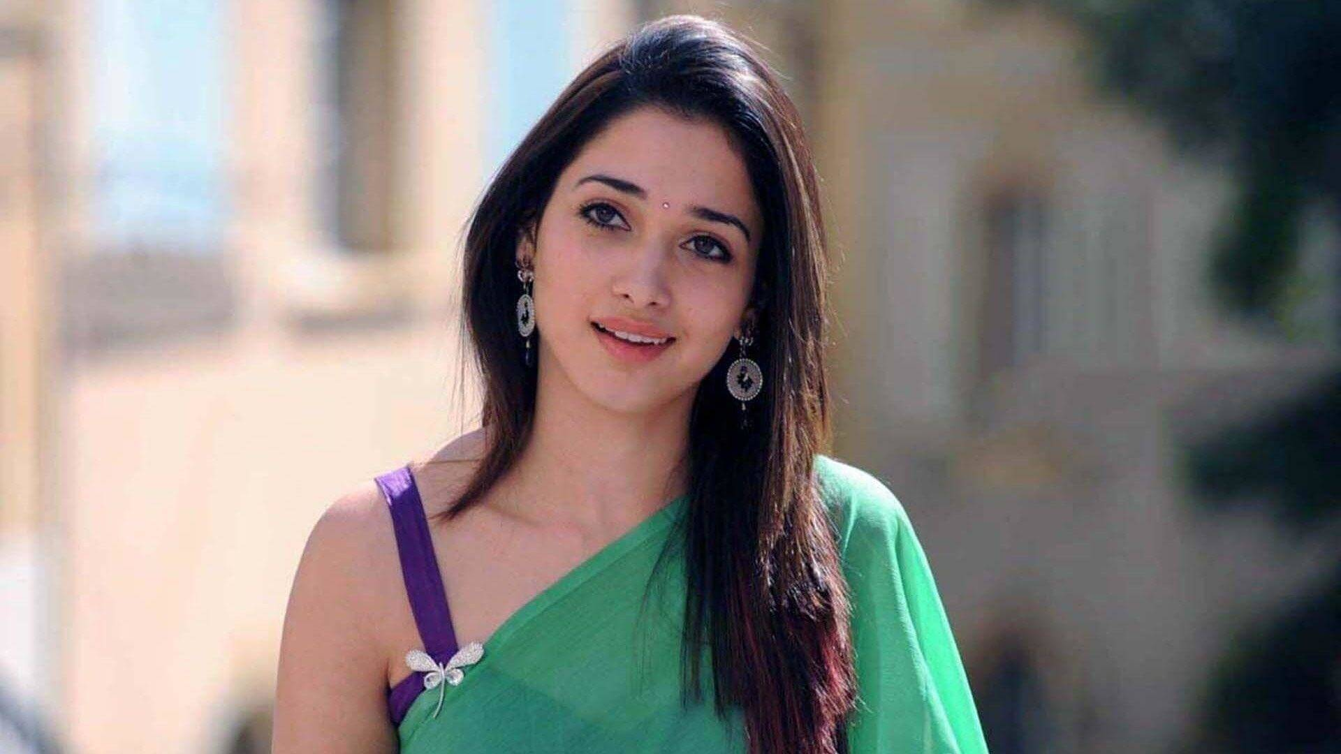 Tamannaah Bhatia Photos(images), Height, Biography, Movies, Date Of Birth, House, Details, Marriage, Boyfriend, Net Worth, Education, Instagram, Facebook, Twitter, Wiki, Imdb, Youtube (12)