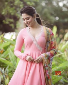 Tamannaah Bhatia Photos(images), Height, Biography, Movies, Date Of Birth, House, Details, Marriage, Boyfriend, Net Worth, Education, Instagram, Facebook, Twitter, Wiki, Imdb, Youtube (25)