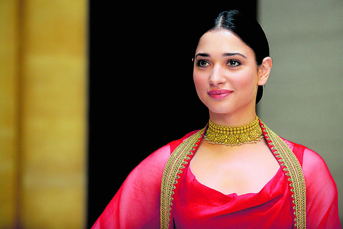 Tamannaah Bhatia Photos(images), Height, Biography, Movies, Date Of Birth, House, Details, Marriage, Boyfriend, Net Worth, Education, Instagram, Facebook, Twitter, Wiki, Imdb, Youtube (37)