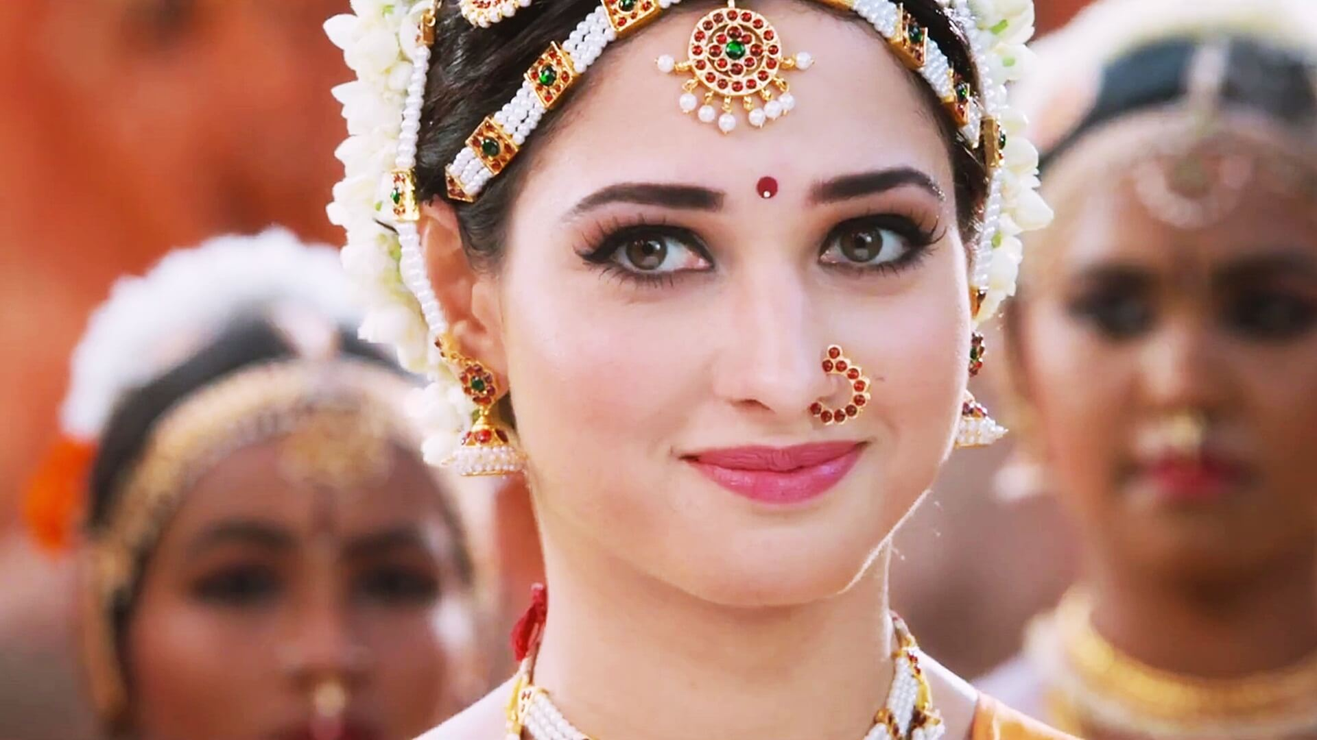 Tamannaah Bhatia Photos(images), Height, Biography, Movies, Date Of Birth, House, Details, Marriage, Boyfriend, Net Worth, Education, Instagram, Facebook, Twitter, Wiki, Imdb, Youtube (40)