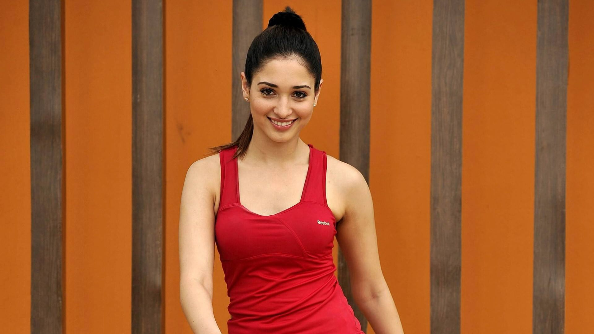 Tamannaah Bhatia Photos(images), Height, Biography, Movies, Date Of Birth, House, Details, Marriage, Boyfriend, Net Worth, Education, Instagram, Facebook, Twitter, Wiki, Imdb, Youtube (52)