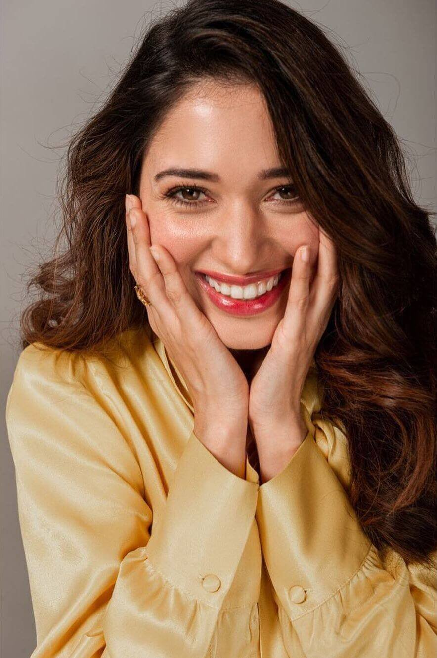 Tamannaah Bhatia Photos(images), Height, Biography, Movies, Date Of Birth, House, Details, Marriage, Boyfriend, Net Worth, Education, Instagram, Facebook, Twitter, Wiki, Imdb, Youtube (72)