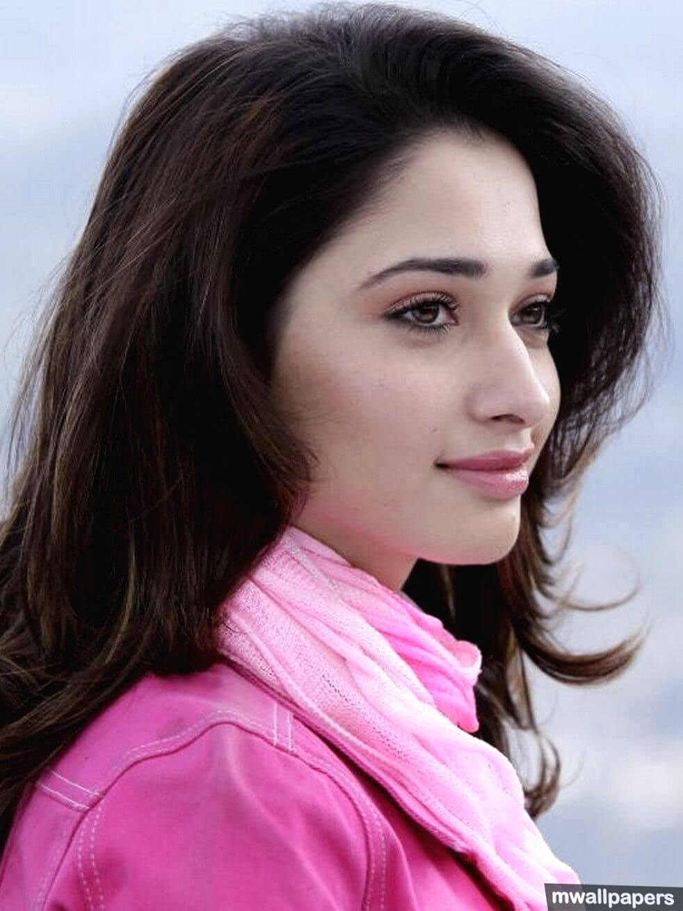 Tamannaah Bhatia Photos(images), Height, Biography, Movies, Date Of Birth, House, Details, Marriage, Boyfriend, Net Worth, Education, Instagram, Facebook, Twitter, Wiki, Imdb, Youtube (8)