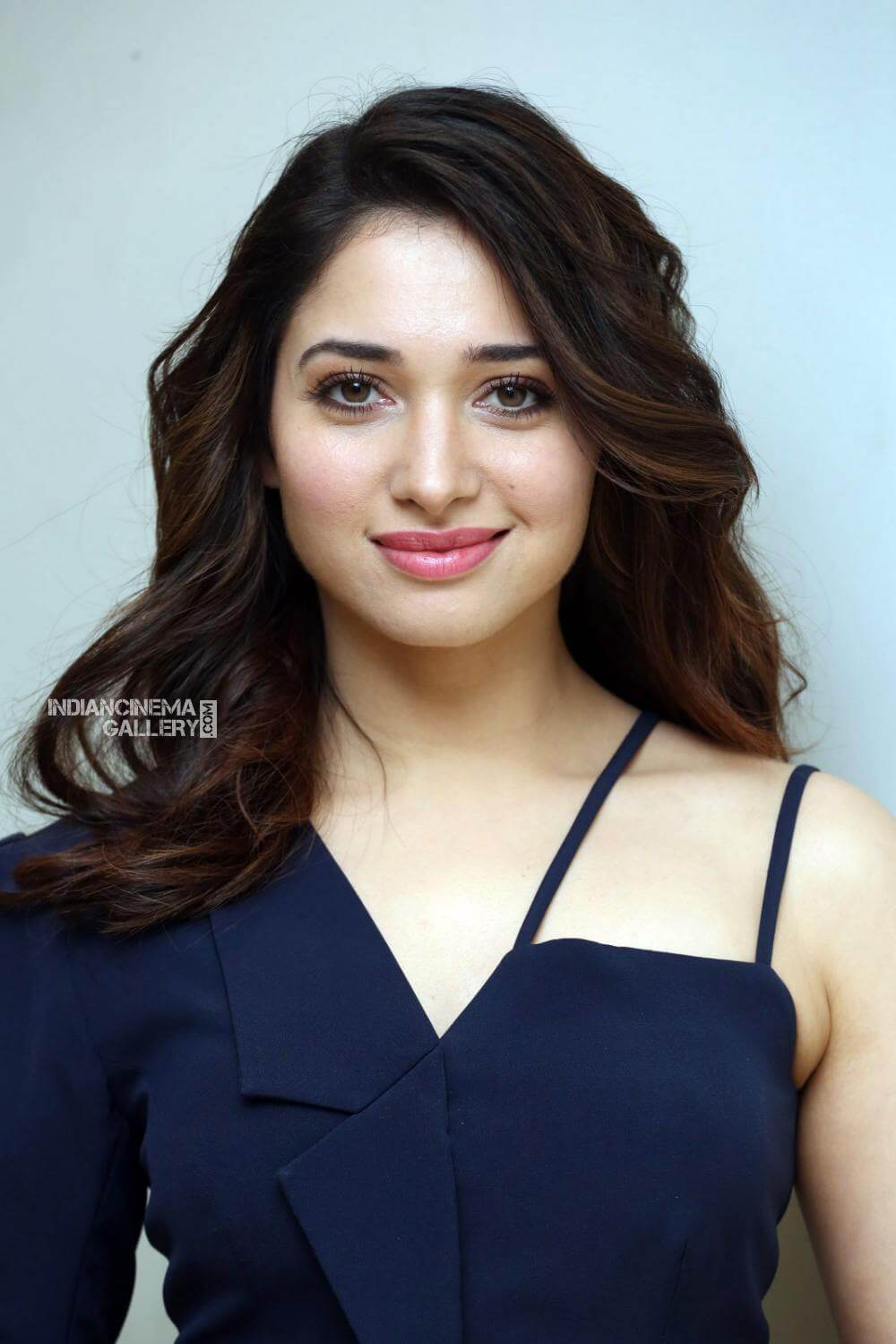 Tamannaah Bhatia Photos(images), Height, Biography, Movies, Date Of Birth, House, Details, Marriage, Boyfriend, Net Worth, Education, Instagram, Facebook, Twitter, Wiki, Imdb, Youtube (83)