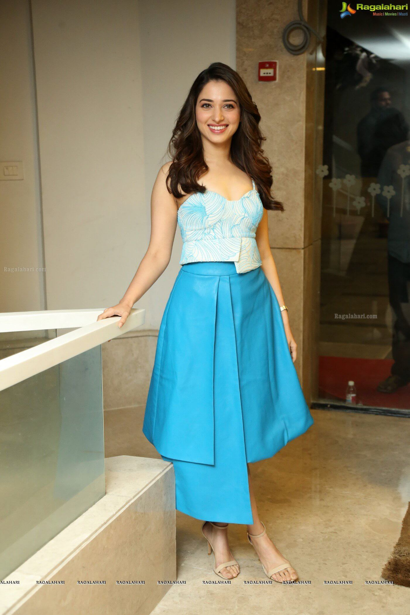 Tamannaah Bhatia Photos(images), Height, Biography, Movies, Date Of Birth, House, Details, Marriage, Boyfriend, Net Worth, Education, Instagram, Facebook, Twitter, Wiki, Imdb, Youtube (85)
