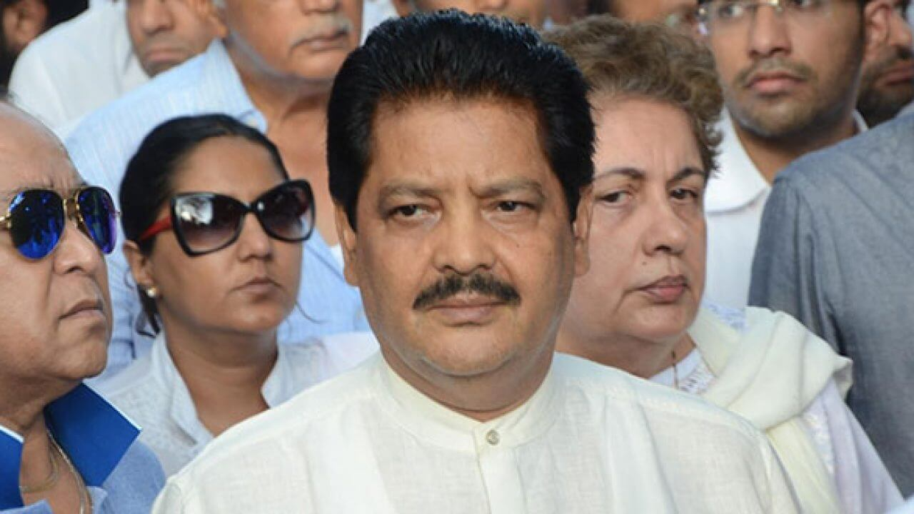 Udit Narayan Song, Son, Age, Wife, Singer, Image(photos), Biography, Family, Net Worth, Date Of Birth, Birthplace, Height, Daughter, History, Awards, Youtube, Wiki, Twitter, Facebook, Instagram ( (28)