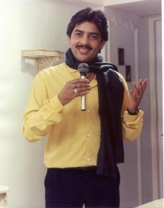 Udit Narayan Song, Son, Age, Wife, Singer, Image(photos), Biography, Family, Net Worth, Date Of Birth, Birthplace, Height, Daughter, History, Awards, Youtube, Wiki, Twitter, Facebook, Instagram ( (37)