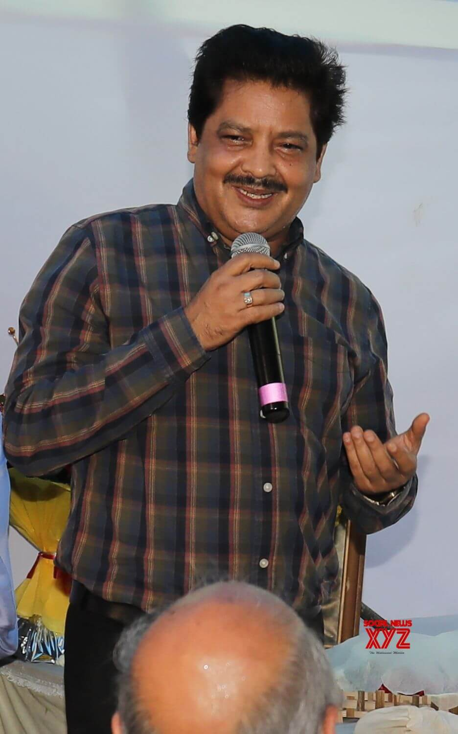 Udit Narayan Song, Son, Age, Wife, Singer, Image(photos), Biography, Family, Net Worth, Date Of Birth, Birthplace, Height, Daughter, History, Awards, Youtube, Wiki, Twitter, Facebook, Instagram ( (46)