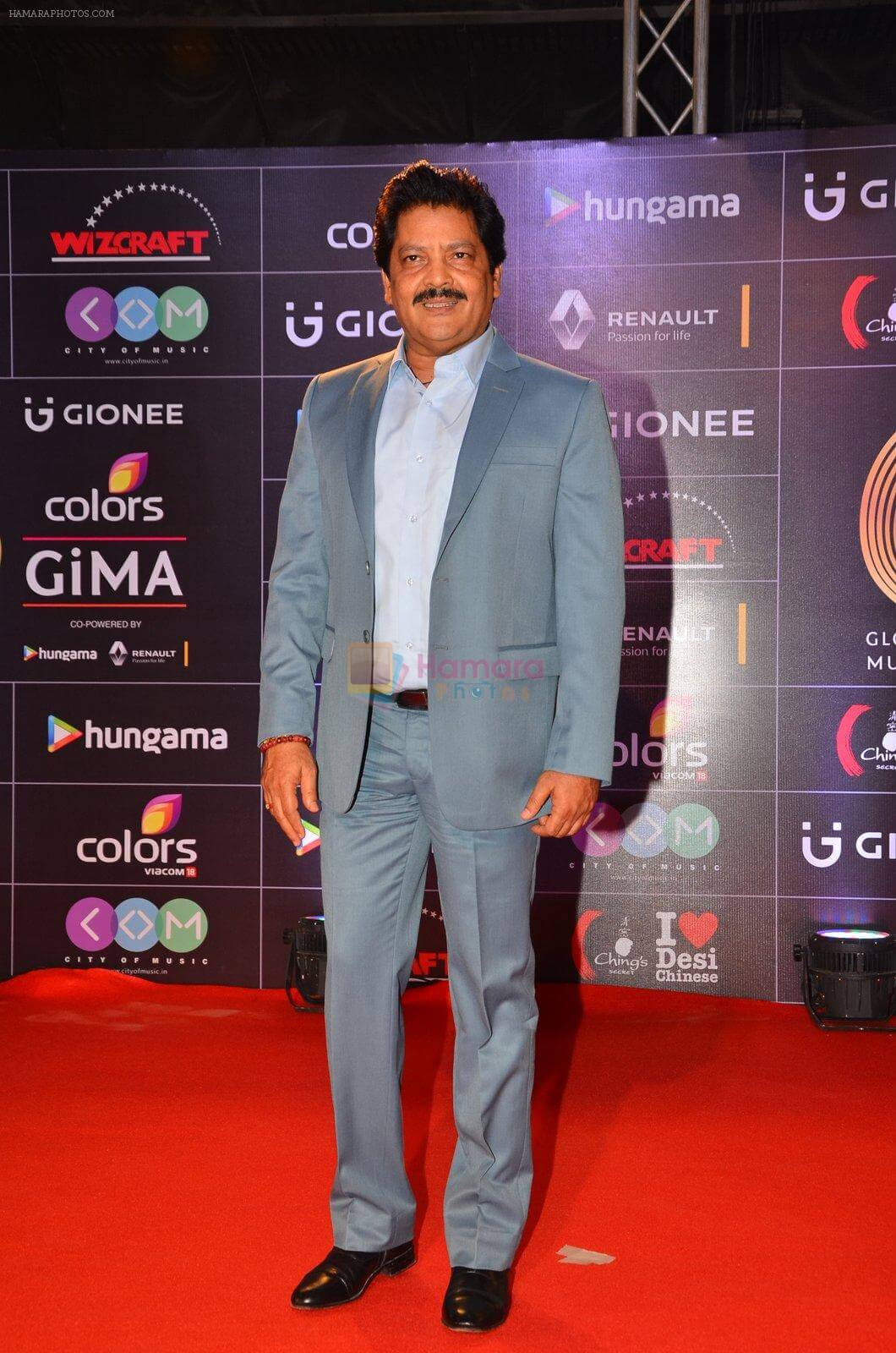 Udit Narayan Song, Son, Age, Wife, Singer, Image(photos), Biography, Family, Net Worth, Date Of Birth, Birthplace, Height, Daughter, History, Awards, Youtube, Wiki, Twitter, Facebook, Instagram ( (48)