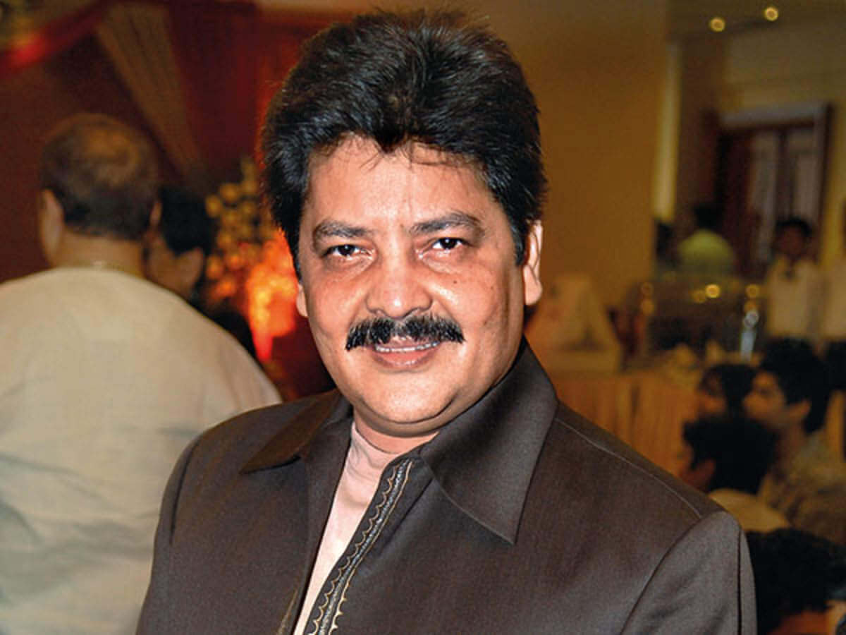 Udit Narayan Song, Son, Age, Wife, Singer, Image(photos), Biography, Family, Net Worth, Date Of Birth, Birthplace, Height, Daughter, History, Awards, Youtube, Wiki, Twitter, Facebook, Instagram ( (50)