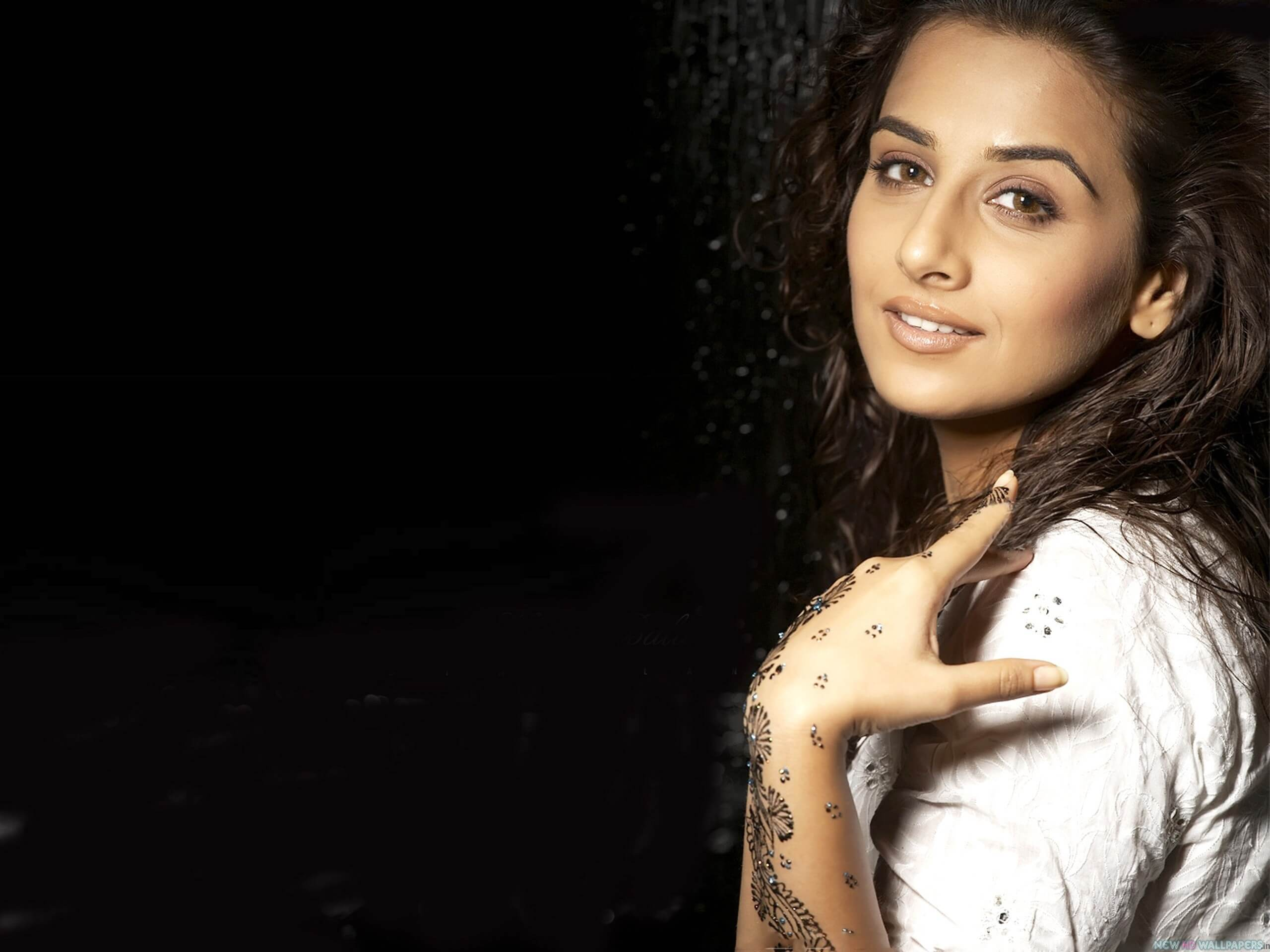 Vidya Balan Husband, Age, Child, Sister, Family, Biography, Height, Date Of Birth, Net Worth, Marriage, Wallpapers, Birthplace, Awards, Education, Details, Instagram, Wiki, Twitter, Facebook, Imdb (5) (1)