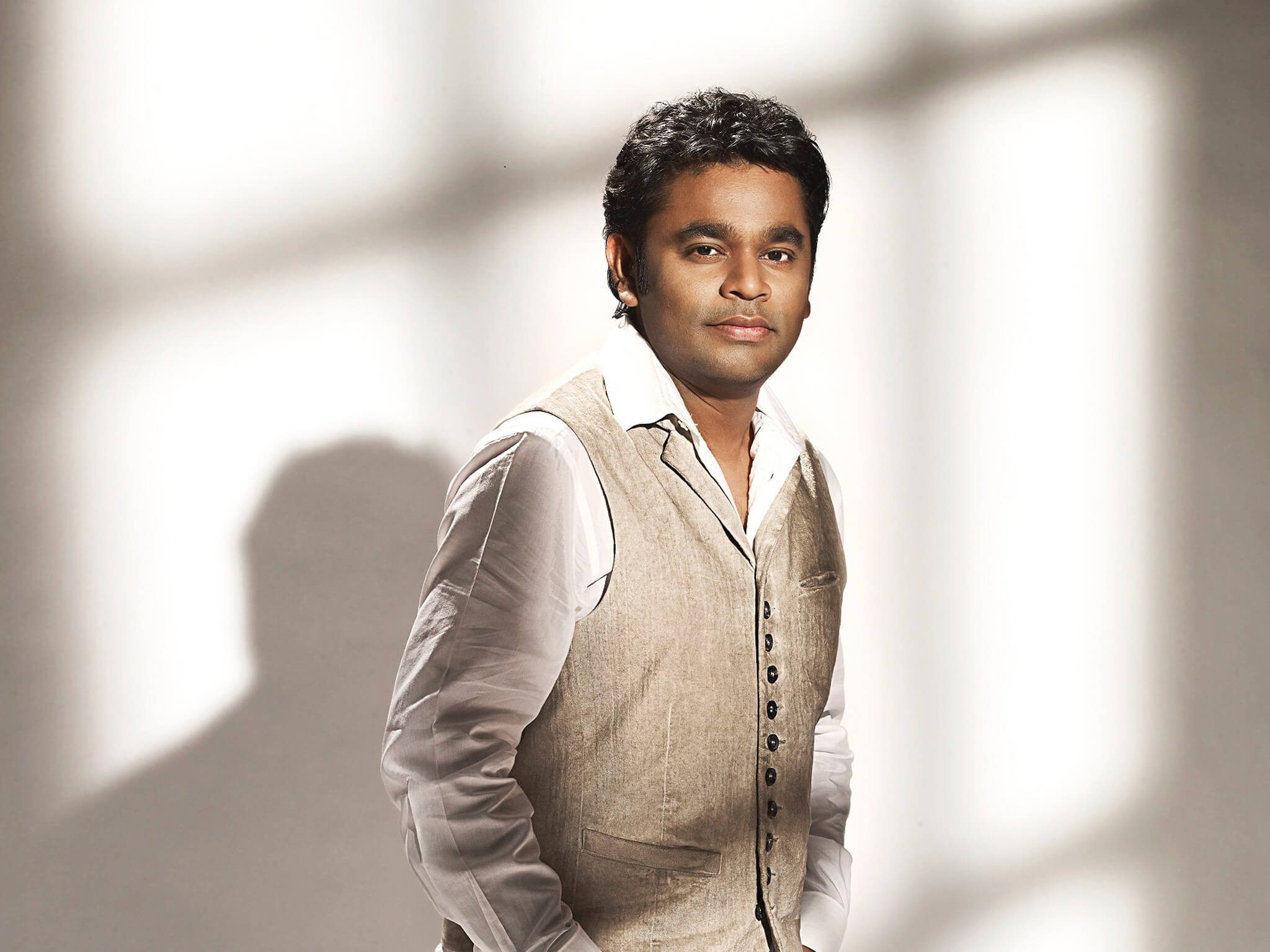 A. R. Rahman(allah Rakha Rahman) Song, Daughter, Birthday, Wife, Family, Age, Biography, Net Worth, Awards, Images(photo), Son, Real Name, History, Religion, Height, Information, Website, Twitter, Instagram, F (1) class=