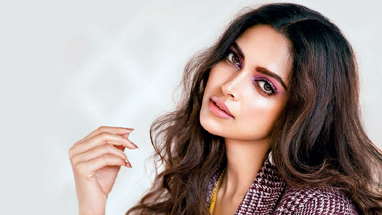 Deepika Padukone Wedding, Age, Height, Photos(images), Net Worth, Movies, Date Of Birth, Biography, Husband, Sister, Song, Family, Mother, Father, Hairstyle, Education, Awards, History(13)