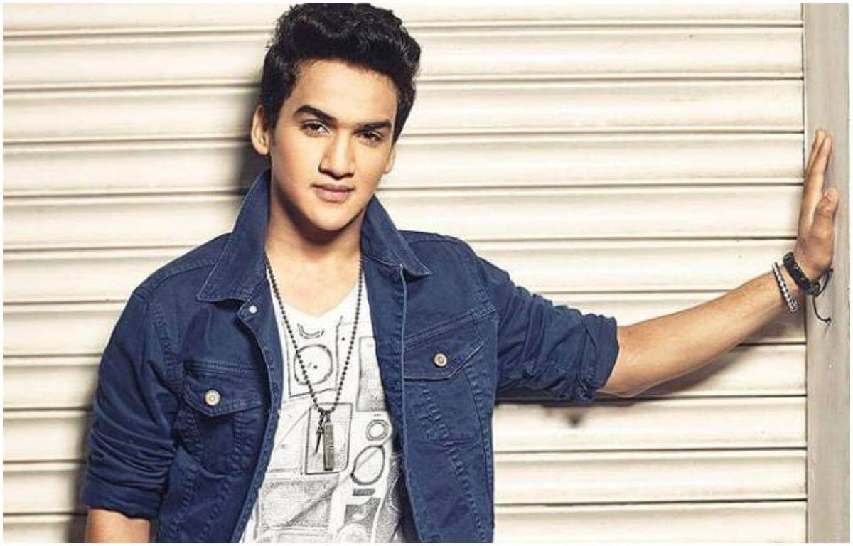 Faisal Khan Age, Gf, Dance, Family, Date Of Birth, Biography, Net Worth, Images(photos), Education, Height, Instagram, Facebook, Wiki, Imdb, Twitter (1)