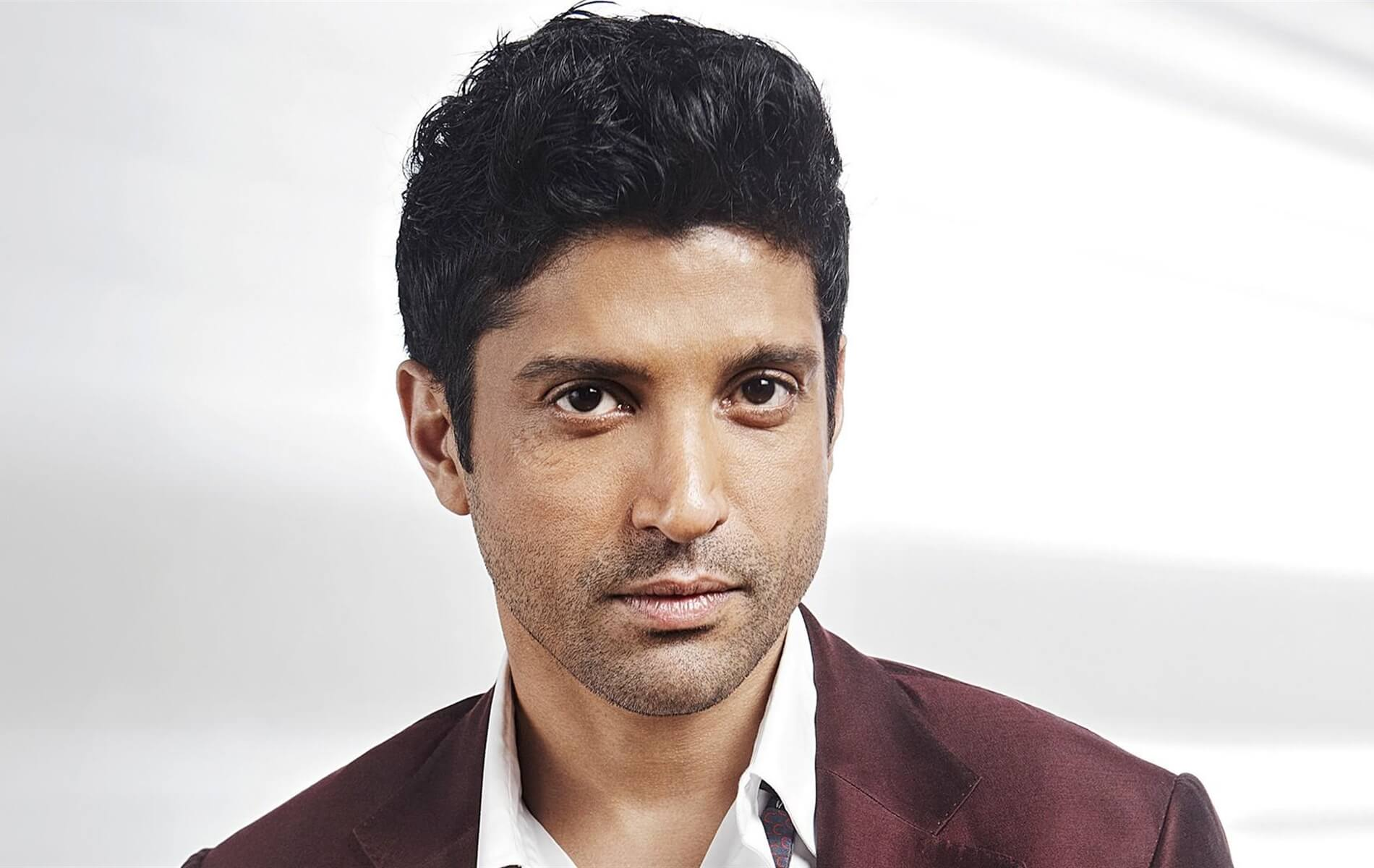 Farhan Akhtar Wife, Age, Movie, Girlfriend, Height, Kids, Mother, Family, Biography, Birthday, Images(photo), Marriage, Awards, Net Worth, Twitter, Instagram, Facebook, Imdb, Wiki, Youtube (2) (1)