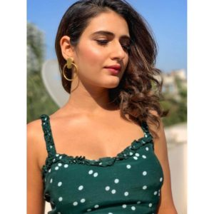 Fatima Sana Shaikh Age, Movies, Height, Biography, Husband, Image(photos), Parents, Religion, Birthday, Net Worth, Education, News, Instagram, Wiki, Facebook, Imdb, Twitter (10)